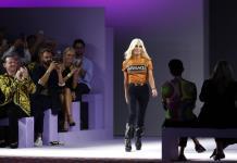 Triunfos y cicatrices de Donatella Versace, un icono moderno; este sábado cumple 65 años