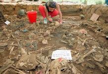 Postulan al Equipo Argentino de Antropología Forense para el Nobel de la Paz