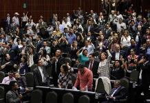 Diputados sin partido respaldan fin a reforma educativa, pero que sigan evaluaciones