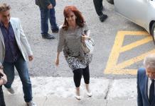 Jueza rechaza caso de Fernández de Kirchner por exceso de trabajo