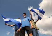 Oposición en Nicaragua condiciona regreso a mesa diálogo