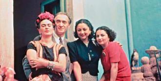 Subastarán fotos inéditas de Frida Kahlo