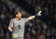 Casillas renueva contrato con Porto otra temporada