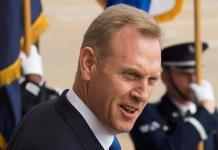 Investigan a secretario de Defensa de EUA por cercanía con Boeing
