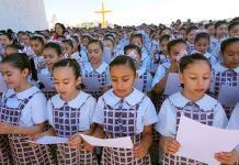 Medio millón de niños rompen récord de lectura colectiva en México