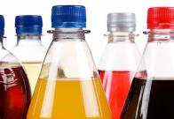 Profeco da nombres de aguas de sabor con más azúcar que un refresco