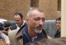 Arturo Pérez-Reverte causa polémica tras burla en Twitter