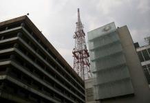 América Móvil pide que Televisa venda Sky