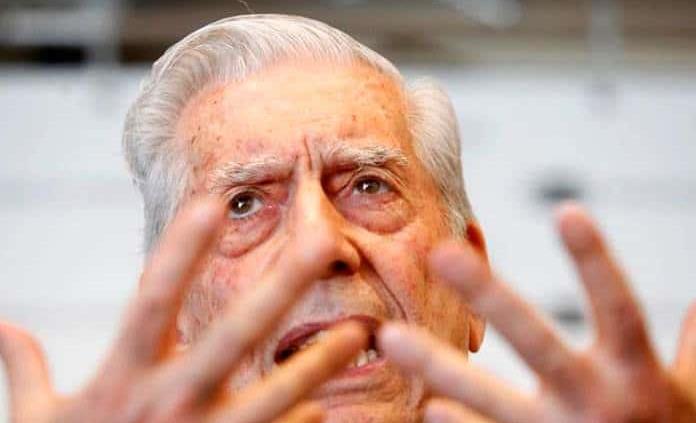 AMLO puede destruir la democracia mexicana: Vargas Llosa