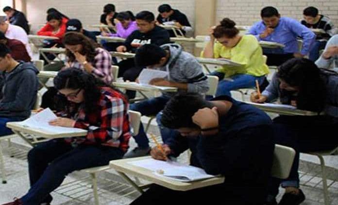 Universitarios presentan niveles de estrés altos por COVID-19: Estudio