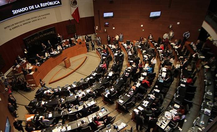 Tráfico de facturas será delincuencia organizada, según minuta en el Senado