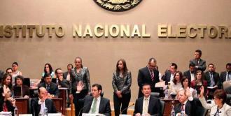 INE no es florero, responden consejeros ante críticas de AMLO