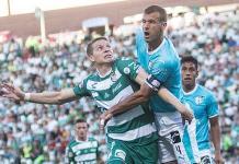 Santos Laguna renueva contrato a su goleador Julio Furch hasta 2022