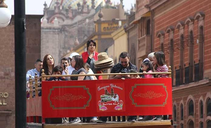 Espera Turismo 860 mil visitantes y derrama económica de 640 mdp en verano