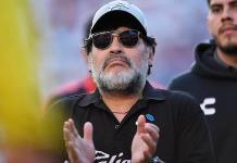 Maradona renuncia a la dirección técnica de Dorados; se someterá en Argentina a dos cirugías