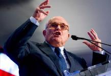 Trump defiende a Giuliani tras polémica por Ucrania