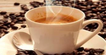 Advierte Profeco de la bebidas que contienen más cafeína