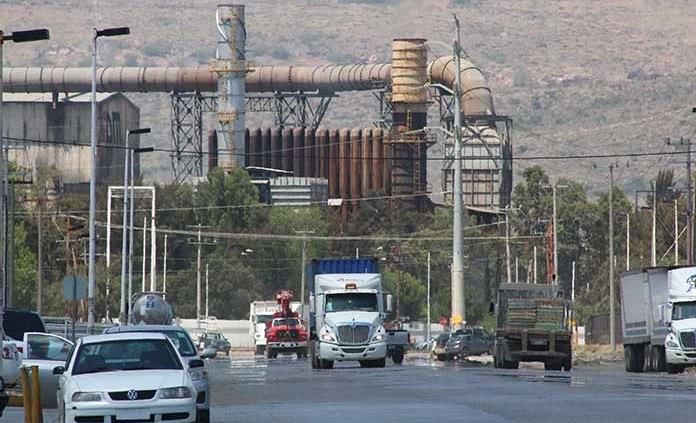 Con semáforo amarillo, continuarán proyectos en avenida CFE de la zona industrial