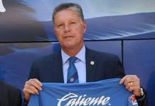 Descarta Ricardo Peláez hablar de posibles refuerzos para Cruz Azul