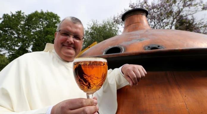 Los monjes de Grimbergen elaboran de nuevo su cerveza artesanal tras 225 años'>