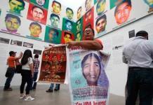 Ai Weiwei lleva rostros de normalistas de Ayotzinapa a Guadalajara