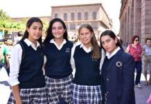 Alumnos del Colegio del Bosque e Instituto Andes reciben la confirmación