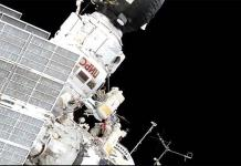 Cosmonautas rusos realizan una caminata espacial de mantenimiento de la EEI (VIDEO)