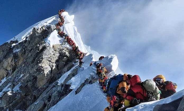 Pedirán más requisitos a alpinistas para escalar el Everest