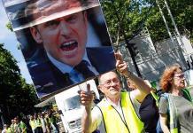 Chalecos amarillos realizan bloqueos en París en su semana 32