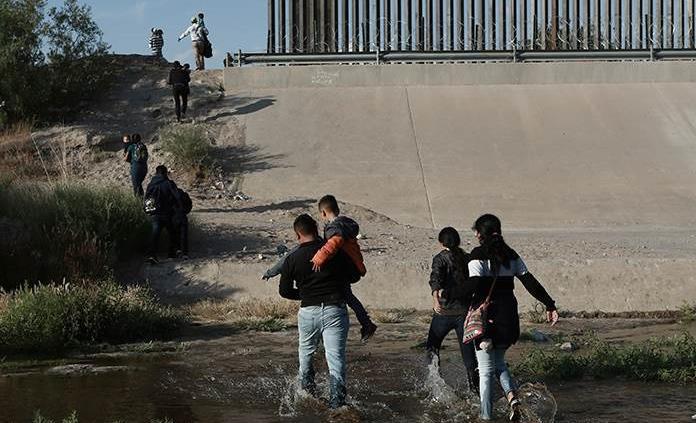 Trump designará a exjefe de Agencia de Inmigración como zar de la frontera