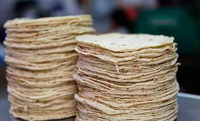 Tortilla se vende a 18 pesos el kilo en algunas partes de México