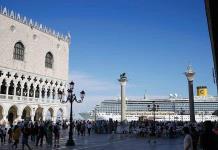 Venecia pide un turismo responsable para salvarse