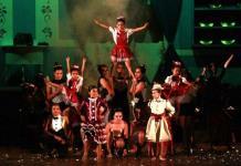 Todo un éxito Mary Poppins en el Colegio Areté Lomas