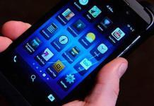 Usar teléfono celular antes de dormir afecta calidad del sueño