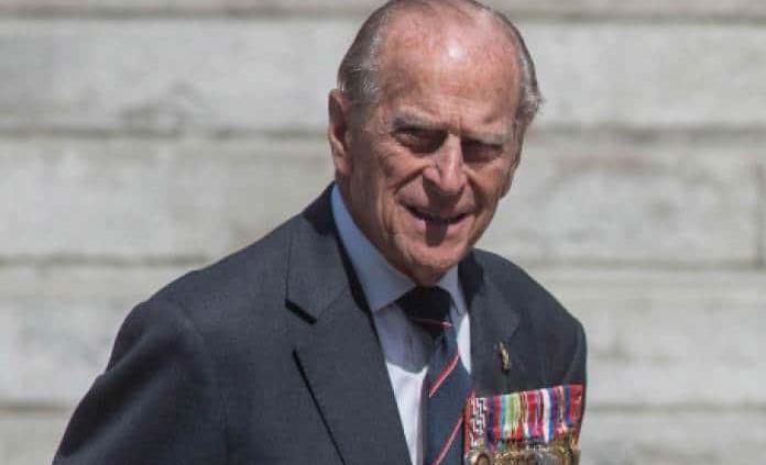 Duque de Edimburgo llega a los 98 años