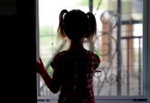 Enojo y bajo rendimiento escolar, señales de la depresión en niños