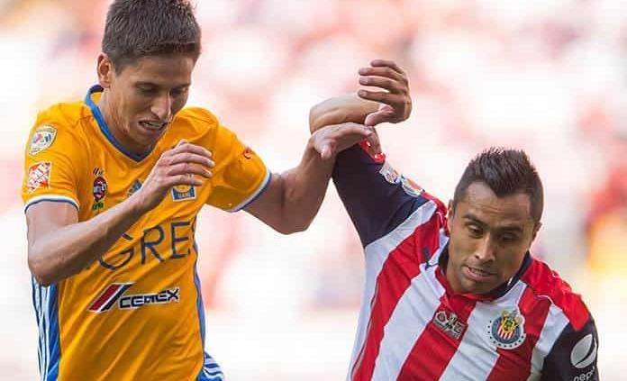 Chivas y Tigres amarran venta de Jürgen Damm