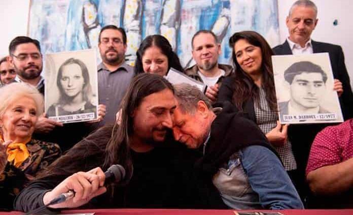 Abuelas de Plaza de Mayo presentan al nieto 130; su hermano sigue desaparecido