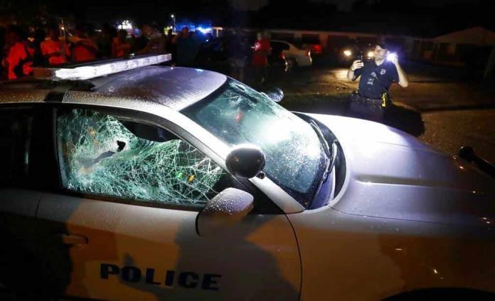 Disturbios en Memphis dejan un muerto y 24 policías heridos