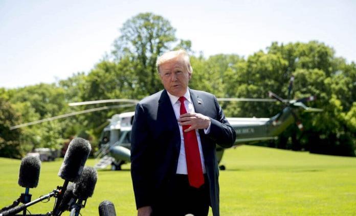 """Trump quiere escuchar """"basura extranjera"""" sobre sus oponentes"""