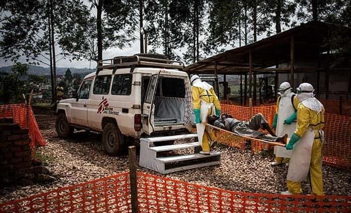 Muere niño por ébola; primer caso en Uganda