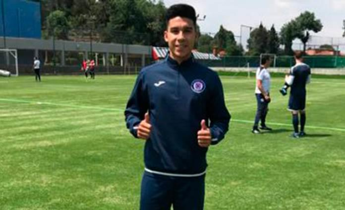 Pol Fernández ya entrena con Cruz Azul