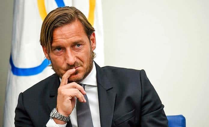 Renuncia de Totti agudiza crisis de la Roma