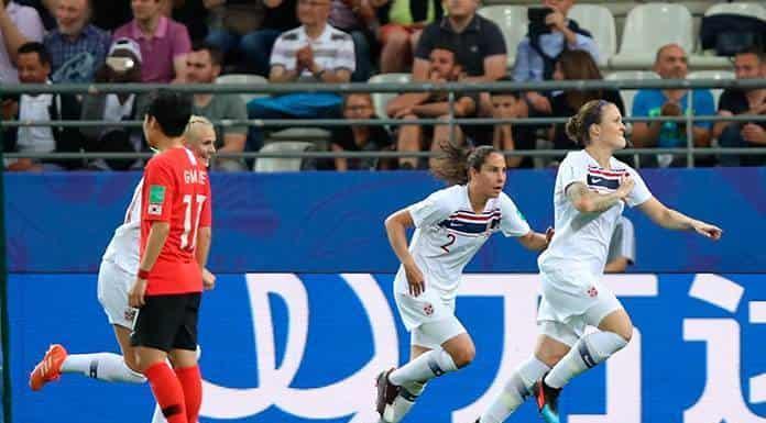 Noruega gana y avanza a 8vos. de final en Francia'>