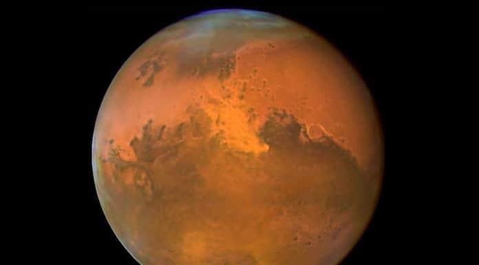 Las nubes de Marte se forman a partir de restos de meteoros, según un estudio'>