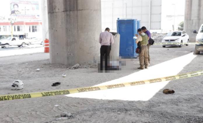 Fallece motociclista tras caer del distribuidor Juárez