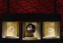 Subastan 400 joyas de la realeza india por 109,2 millones de dólares