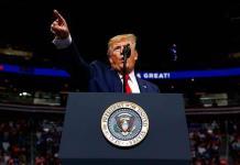 Trump promete a encontrar la cura para el cáncer y erradicar el sida
