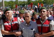 Cadena perpetua a 128 implicados en golpe de Estado en Turquía