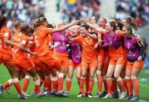 Holanda y Camerún avanzan a octavos de final en Mundial Femenil